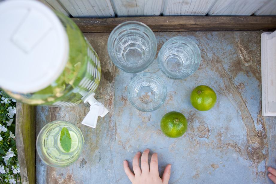 Water met munt en limoen